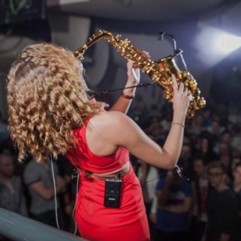 saxofonistin
